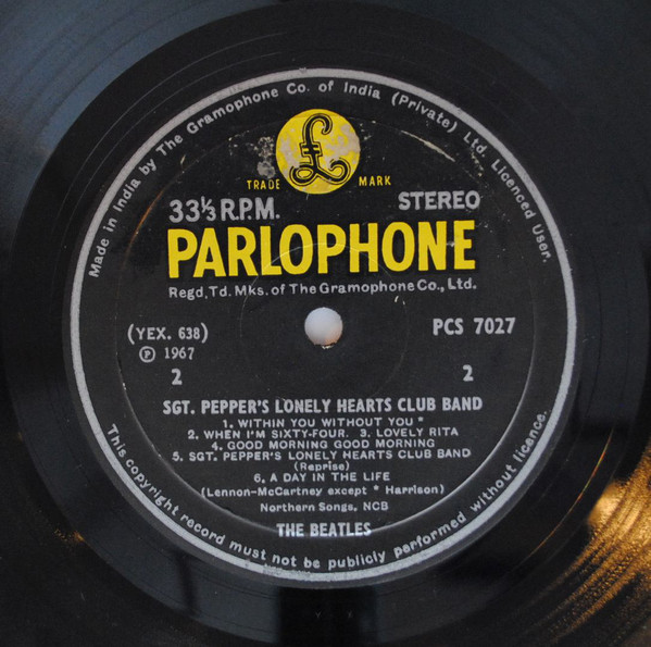 The Beatles - Sgt. Pepper's Lonely Hearts Club Band (LP, Album)